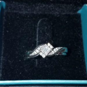 Jewelry - 10k White Gold 1/2 CT TW Diamond Ring